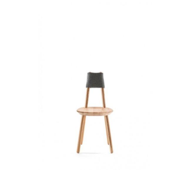 Naive kėdė