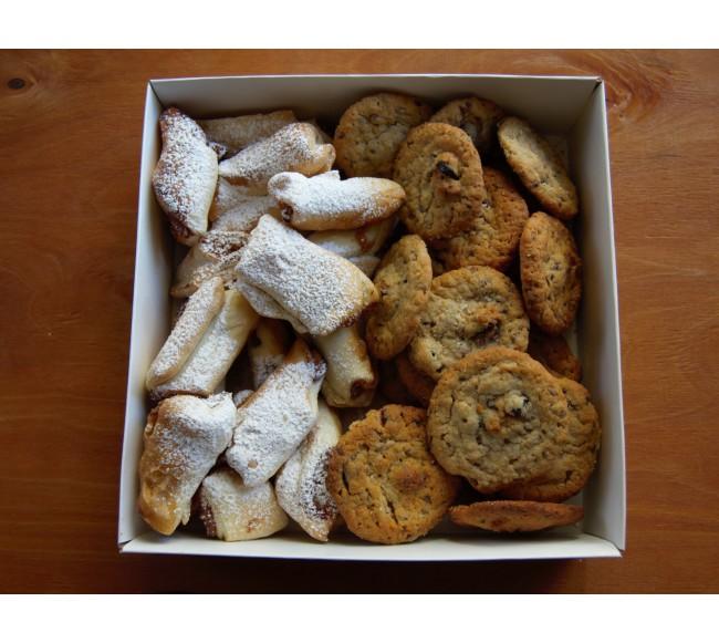 Sausainiai dėžutėje 2-jų...