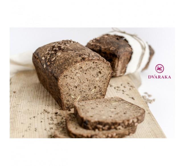 Naminė Dvarakos duona, pusė...