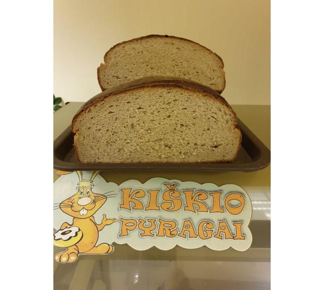 Šviesi plikyta ruginė duona...