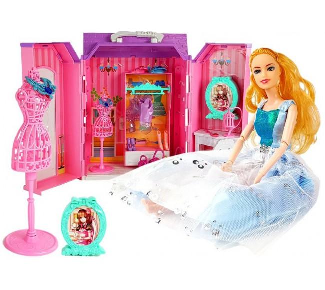 Lėlė su nameliu