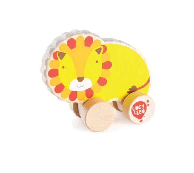 Medinis liūtas ant ratų...