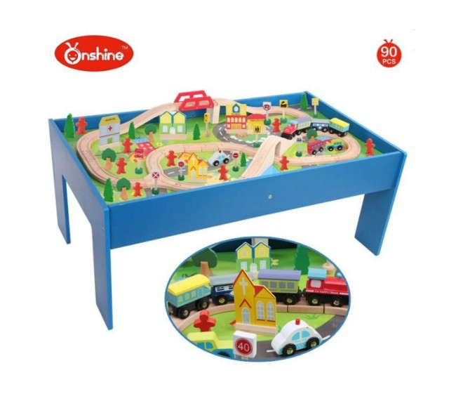 Medinis žaidimo stalas...